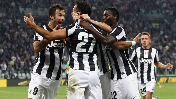Juve's Fabio Quagliarella celebrates his opening goal against Chievo
