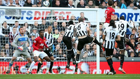 Jonny Evans heads home to open the scoring