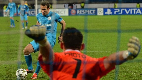 Aleksandr Kerzhakov fires home a penalty to give Zenit victory over Anderlecht