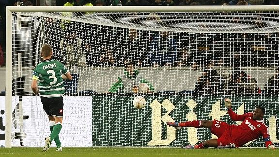 Gladbach took the lead against Marseille thanks to Filip Daems' penalty kick