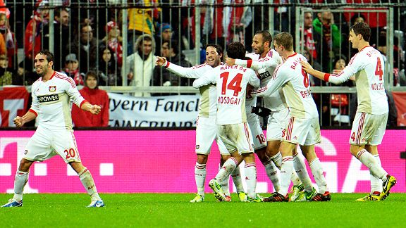 Bayer Leverkusen celebrate Sydney Sam's late winner at Bayern