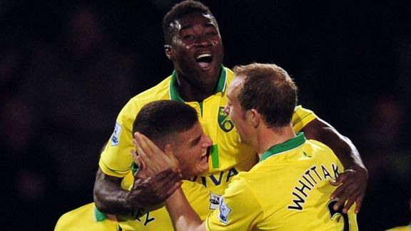 Alexander Tettey celebrates bringing Norwich level