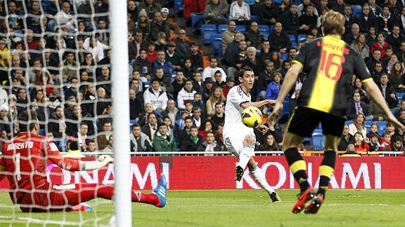 Angel di Maria scores Real Madrid's second goal in a 3-0 win over Real Zaragoza