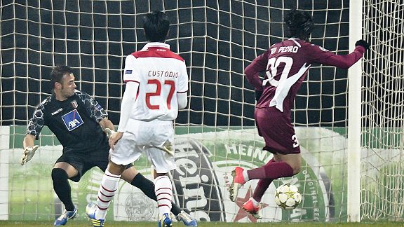 Rui Pedro scores one of his hat-trick of goals as Cluj beat Braga 3-1