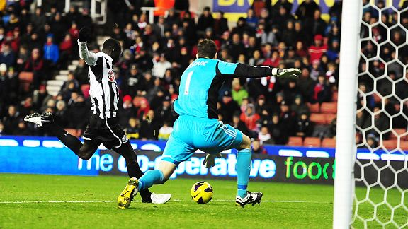 Papiss Cisse prepares to pull the trigger and give Newcastle the lead at Stoke