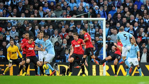 Pablo Zabaleta fires home to make it 2-2 in the dying minutes of the derby
