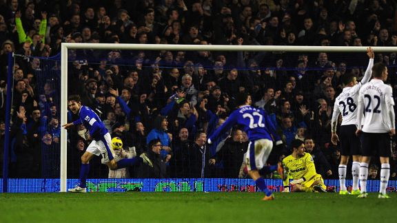Nikica Jelavic wheels away after grabbing a dramatic winner for Everton against Tottenham