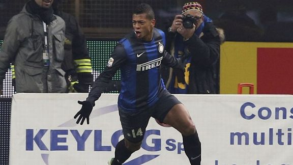 Fredy Guarin opens the scoring