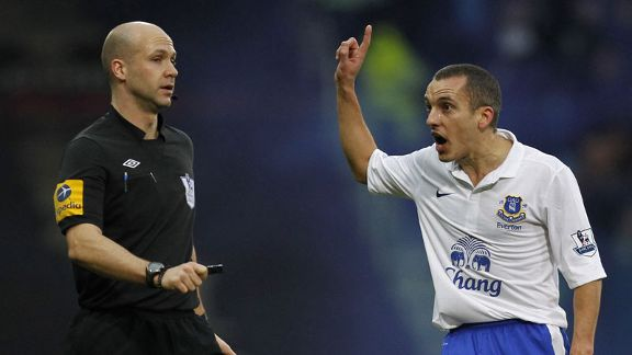 Everton midfielder Leon Osman appeals to referee Anthony Taylor after his goal is disallowed
