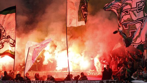 Borussia Moenchengladbach flares Europa League flags