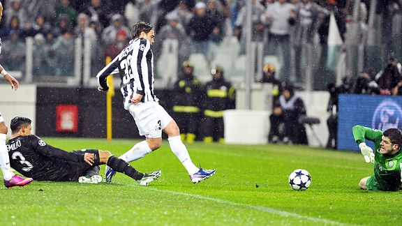 Alessandro Matri slides Juve into the lead against Celtic, making it 4-0 on aggregate