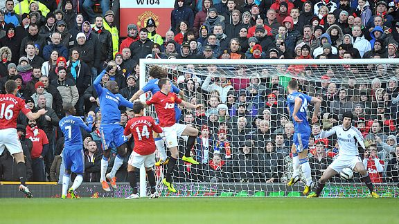 Wayne Rooney's floated free-kick beats everyone to put Man United two up against Chelsea