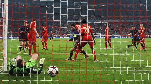 Manuel Neuer was unable to keep Laurent Koscielny's late header out of his net