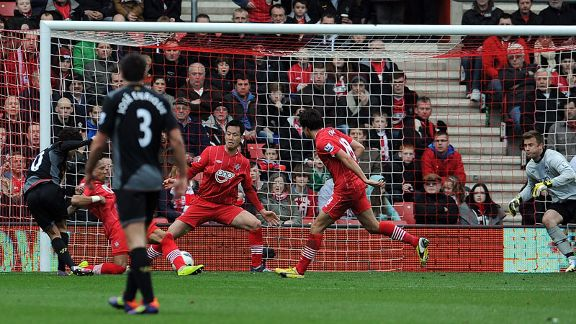 Philippe Coutinho pulls a goal back for Liverpool