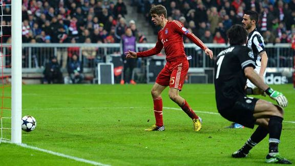Thomas Muller doubles Bayern's lead from close range