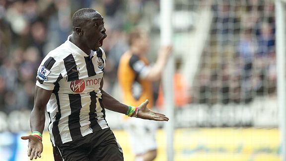 Papiss Cisse celebrates after earning Newcastle a priceless three points with a late goal against Fulham
