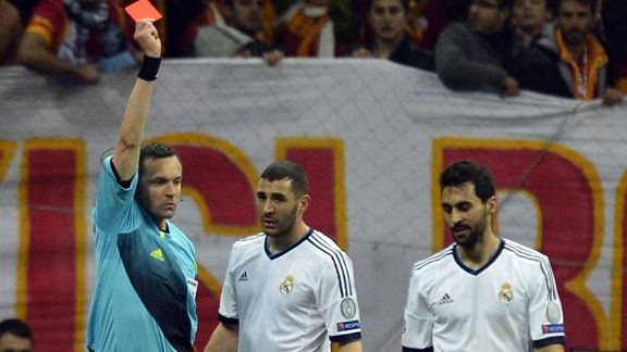 Alvaro Arbeloa gets his marching orders for dissent towards the referee