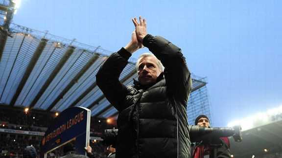 Newcastle manager Alan Pardew applauds his team's fans prior to their Europa League game against Benfica