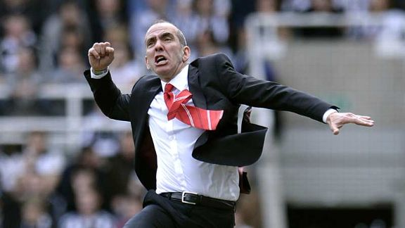 Paolo Di Canio celebrates Stephane Sessegnon's opener at St James' Park