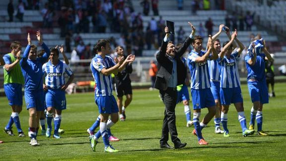 Real Sociedad celebrate after defeating Rayo Vallecano