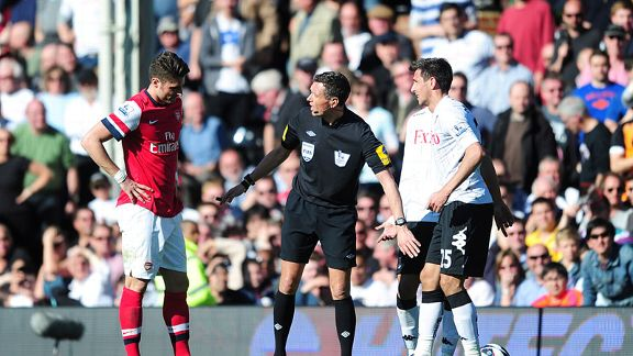 Olivier Giroud was sent off for Arsenal against Fulham