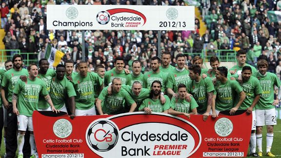 Celtic celebrate winning the Scottish Premier League title