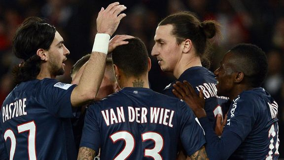 Paris Saint-Germain players celebrate during their win against Nice
