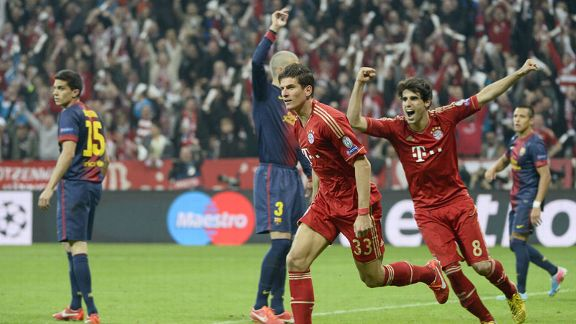 Mario Gomez celebrates his goal for Bayern Munich against Barcelona