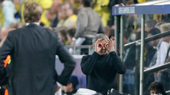 Jose Mourinho sends the referee a clear message during Real Madrid's game against Borussia Dortmund