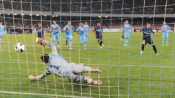Ricardo Alvarez brought Inter level against Napoli from the penalty spot