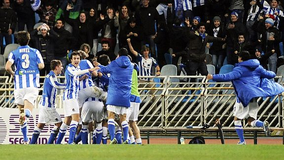 Real Sociedad celebrate their dramatic winner against Barcelona