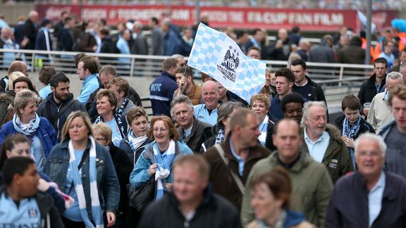 Manchester City fans Wembley way FA Cup final