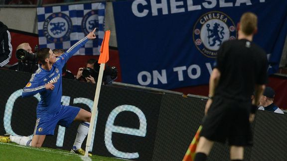 Fernando Torres celebrates after putting Chelsea 1-0 up