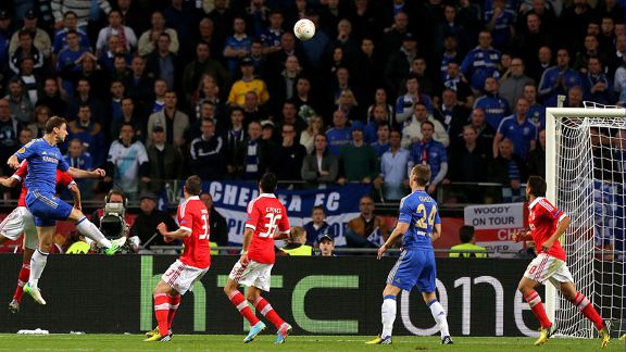 Branislav Ivanovic heads home Chelsea's late winner