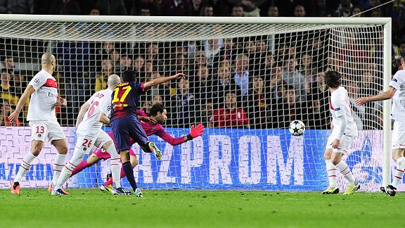 Pedro fires home the vital goal which sent Barcelona through on away goals