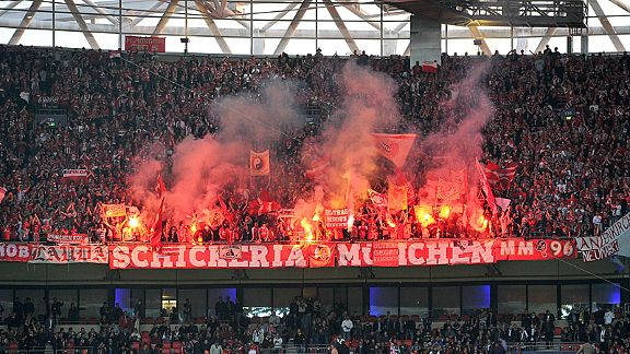 Bayern Munich fans light up Wembley