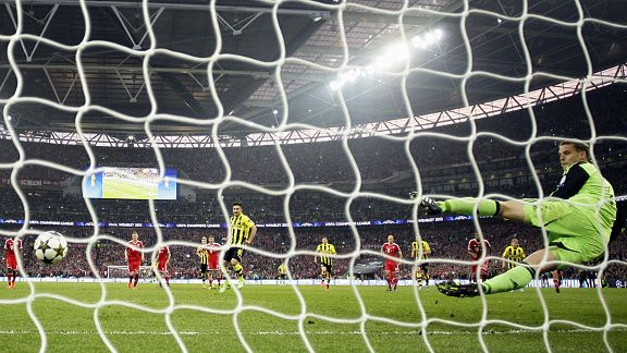Manuel Neuer is powerless to stop Ilkay Gundogan from equalising from the penalty spot