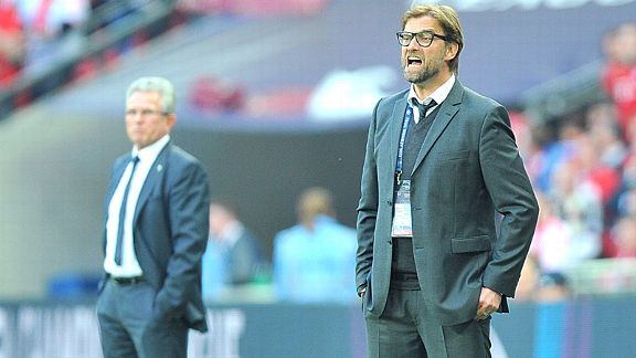 Jupp Heynckes watches on as Jurgen Klopp barks out the orders at Wembley