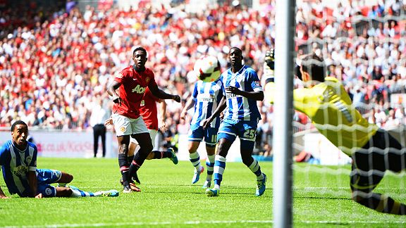 Scott Carson stands big to keep out Danny Welbeck's effort