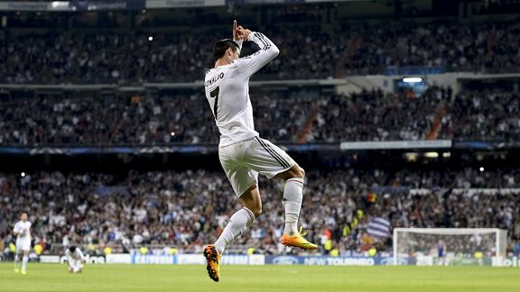 Cristiano Ronaldo celebrates after he scored from the spot to give Real Madrid the lead against Juventus for a second time.
