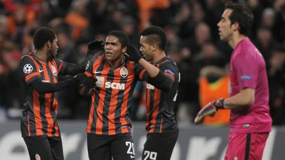 Douglas Costa celebrates scoring a goal for Shakhtar Donetsk against Real Sociedad.