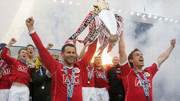 Ryan Giggs and Gary Neville of Manchester United celebrate winning the Premiership in 2007.