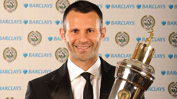 Ryan Giggs was voted the PFA Player of Year by his fellow professionals in 2009.