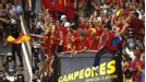 The <i>campeones</i> travel through Madrid