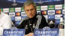 Jose Mourinho paid tribute to Manchester United manager Sir Alex Ferguson who is still managing at the age of 71