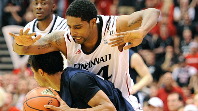 Xavier vs. #11 Cincinnati: Holiday Hoops