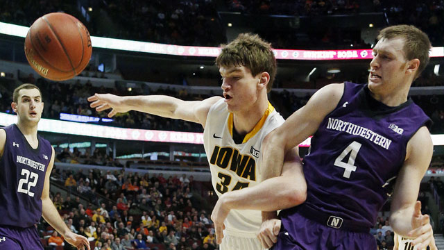 Northwestern vs. Iowa (First Round, Game 4): Big Ten Men's Basketball Tournament