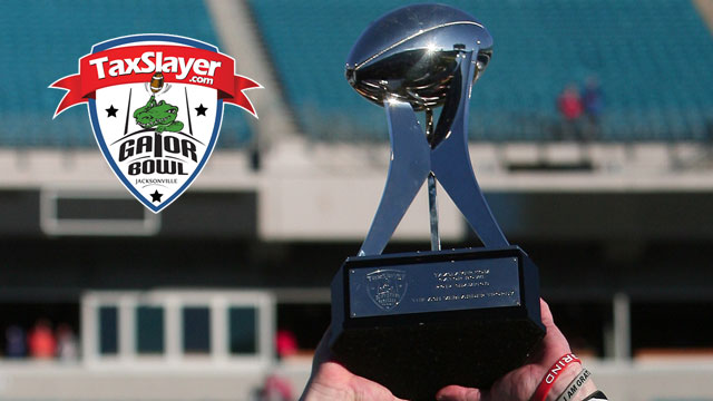 2013 Taxslayer.com Gator Bowl Trophy Presentation