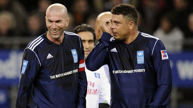 Partido Contra Pobreza: Ronaldo Y Amigos vs. Zidane Y Amigos (SPA)