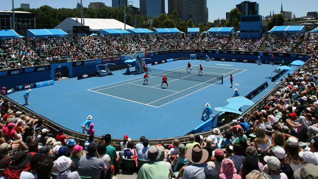 Iva Majoli (CRO) and Barbara Schett (AUT) vs. Martina Hingis (SUI) and Martina Navratilova (USA)